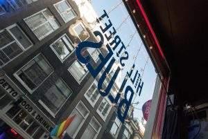 Vitrine du Coffeeshop Hill Street Blues à Amsterdam